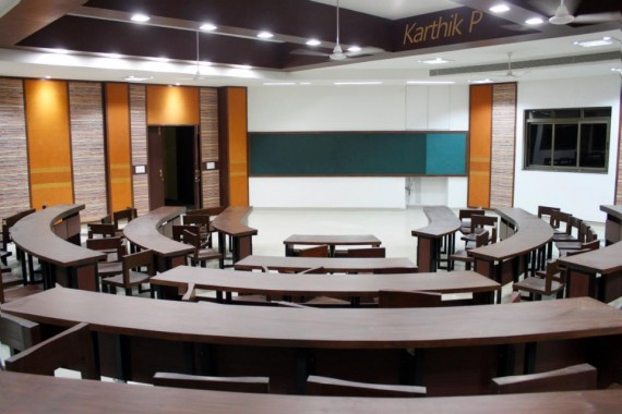 new-lecture-theatres-iimindore-insideiim