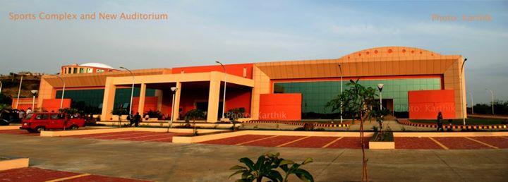 5b auditorium building