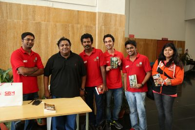 The organizing team SECC with Ashwin Sanghi