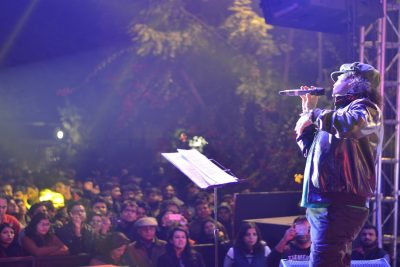 Mohit-Chauhan-performing-at-IIFT-Delhi-Copy1